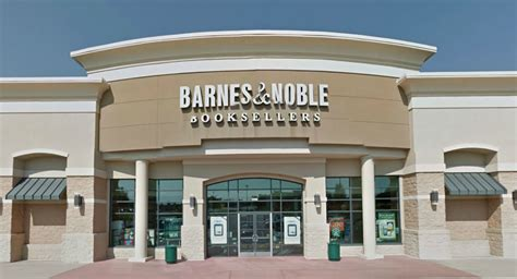 Barnes & Noble To Close Brandermill Bookstore