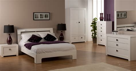 Guide To White Bedroom Furniture Sets