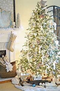 Tips, For, Decorating, A, Christmas, Tree