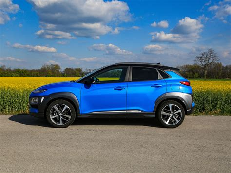 This is a testament to the brand's dedication to bring to the market a dynamic, exciting and extraordinarily engineered subcompact suv. Hyundai Kona 1,6 CRDi 4WD 7DCT Level 6 - Test