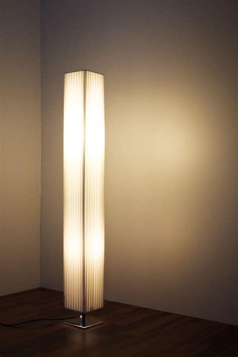 lampe salon pied lampe reverbere interieur lasablonnaise
