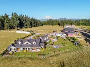 Luxury Ranch, Beautiful Custom Home, 4200 Sq Ft Barn ...