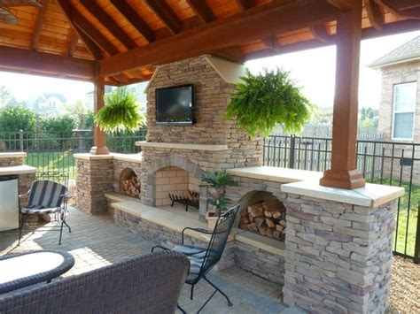 outdoor kitchen living traditional patio