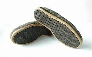 Semelles Chaussures Trop Grandes : thin soles for women or men shoes from sturdy natural rubber couture aux pieds pinterest ~ Carolinahurricanesstore.com Idées de Décoration