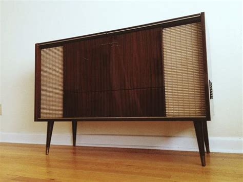 Reserved 1960's Grundig Record Player/stereo Console On