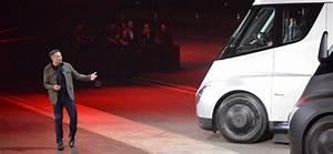 Walmart Just Pre-Ordered 15 of Tesla's Electric Semi ...