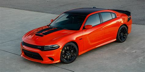 Dodge Charger And Challenger by 2017 Dodge Challenger T A Charger Daytona Revealed