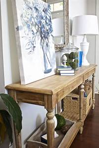 Entry, Table, Decor