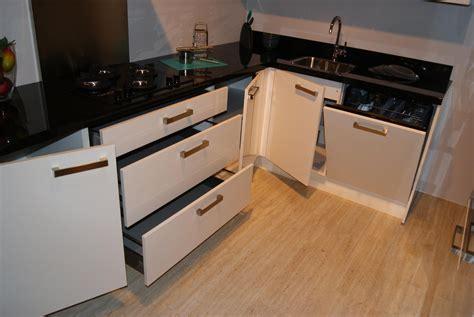 Hoogglans Keuken Lakken by Budgetkeuken Hooglans Lak Keuken Met Graniet 35836