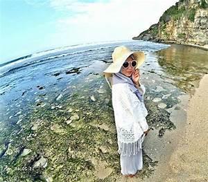 Outfit Ke Pantai Untuk Yang Berhijab