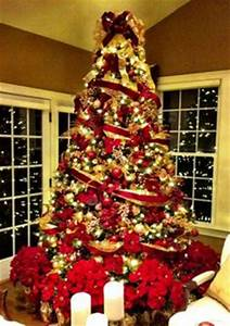 1000 images about Decorated Christmas trees on Pinterest