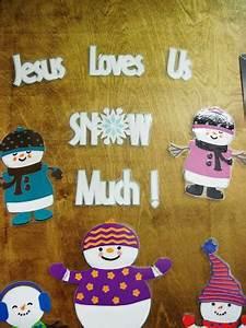 Luv Scrapping To her Classroom Door Winter Decor