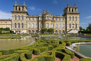 8 of the best stately homes in Britain to visit this bank ...