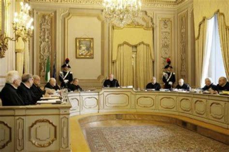 Fallimento Società In House La Sentenza Della Cassazione Corte Costituzionale Fallimento Notifica E Pec