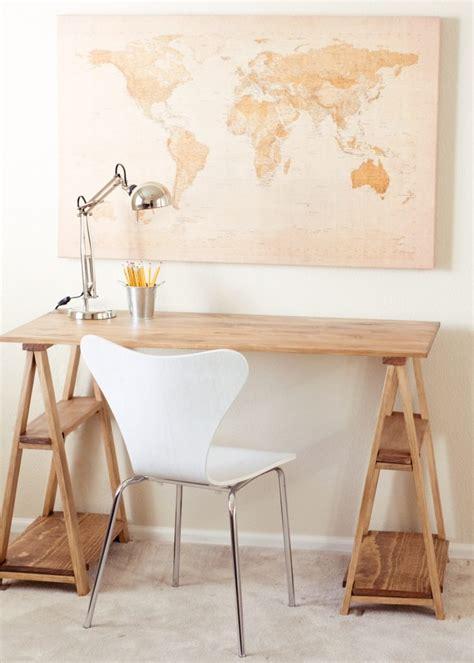 fabriquer bureau bois fabriquer un bureau soi même 22 idées inspirantes