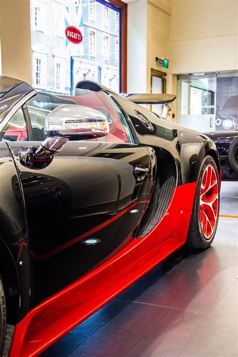 Curb weight is 4,162 lb. Video: Bugatti Veyron Grand Sport Vitesse WRC Doing Donuts | Bugatti veyron, Bugatti, Bugatti ...