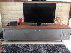 Meuble Tv Casier Industriel : meuble tv vestiaire metallique wq89 jornalagora ~ Nature-et-papiers.com Idées de Décoration