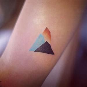 Tatouage Minimaliste : l 39 art du tatouage minimaliste par seoeon tattoo ~ Melissatoandfro.com Idées de Décoration