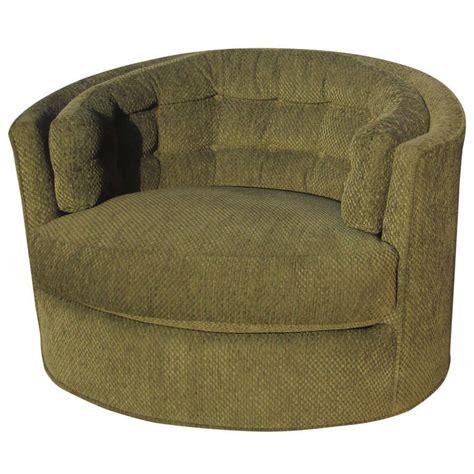 Milo Baughman Swivel Chair by Tufted Swivel Chair By Milo Baughman At 1stdibs