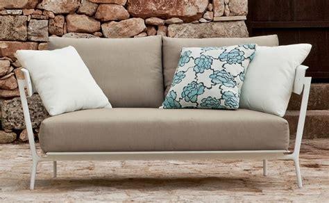 divanetti 2 posti divano in alluminio verniciato in vari colori per