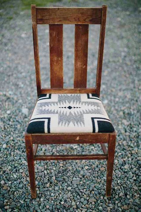 Upholstery For Dining Chairs by Best 25 Chair Makeover Ideas On Reupholster
