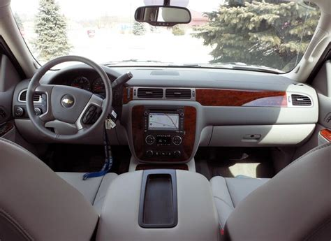 chevy avalanche interior 2017 chevy avalanche price rumors release date and specs