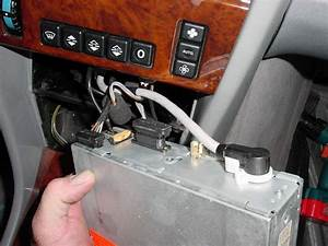 92 300d Radio Connections