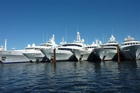Boat Shows In Florida In February by Fort Lauderdale Boat Show Ft Lauderdale Water Taxi Autos