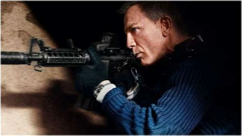 'No Time To Die' new poster: Daniel Craig takes aim for a ...