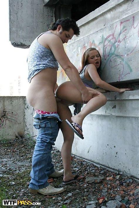 Amateur Teen Caught Public