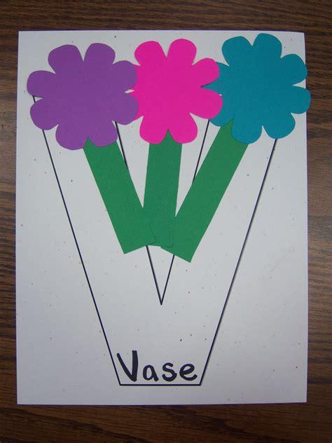 Letter V!  Storytime Katie