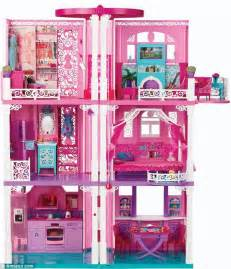 Barbie's Malibu Dreamhouse - new renovation complete with