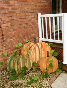 Pallet Fall Crafts Pumpkin
