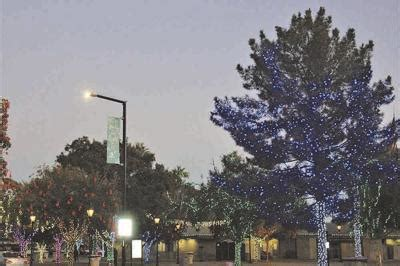 Glendale Glitters and Small Business Saturday boost post ...