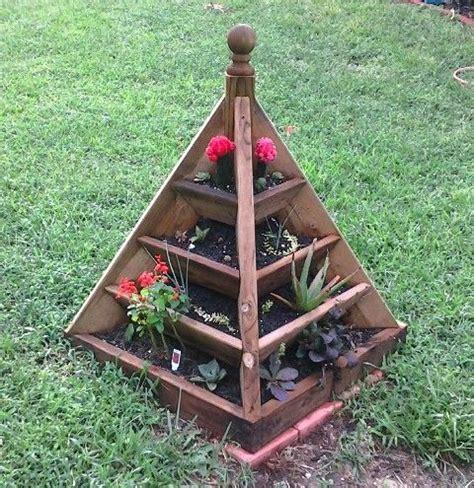 build  pyramid strawberry planter wood plans   plant ideas pinterest