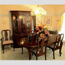 Excellent Dining Room Set By Pennsylvania Houseincludes