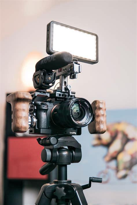 making  vlog ways  turn  blog content