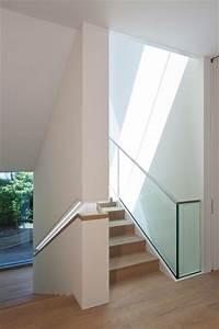 Handlauf Für Treppe : treppenhaus modern treppenhaus other metro von ~ Michelbontemps.com Haus und Dekorationen
