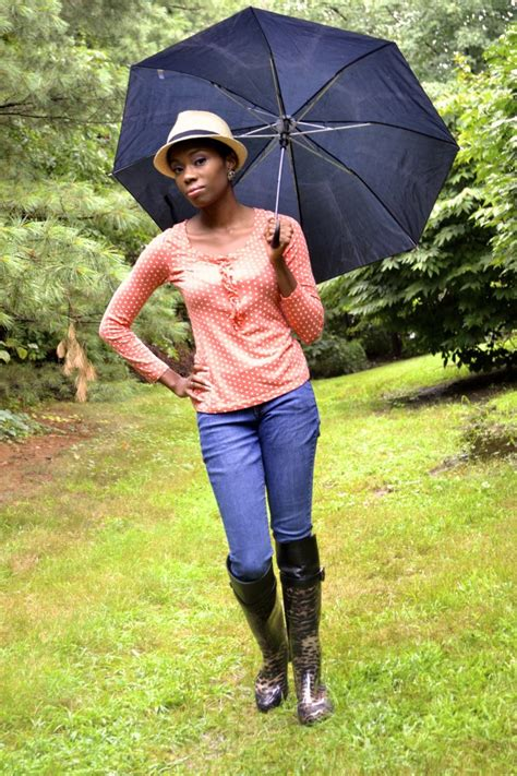 Rainy days and cheetah wellies - 4 Hats and Frugal