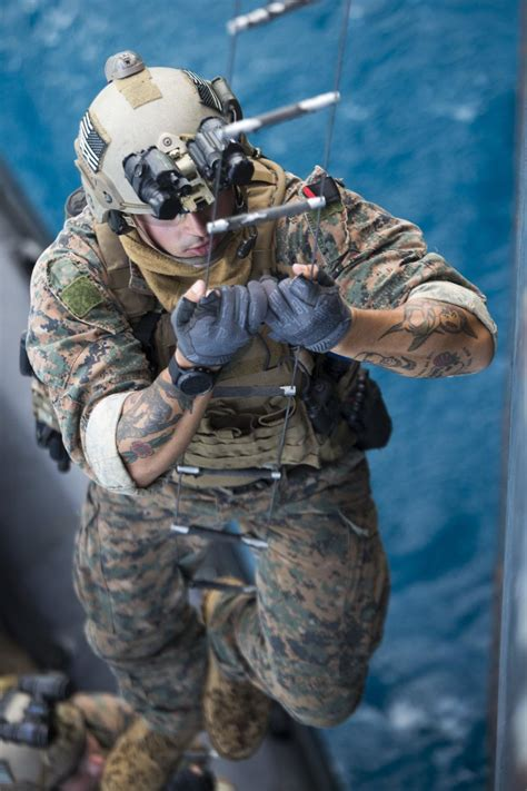DVIDS - Images - Maritime Raid Force conducts VBSS training in Guam [Image 3 of 13]