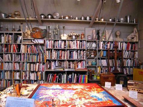 vince kirklands main studio picture of kirkland museum