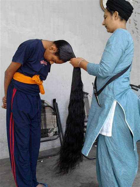 In the punjab region of what are today keeping hair uncut indicates that one is willing to accept god's gift as god intended it. Sikh with long hair | Men With Long Long Hair | Pinterest ...