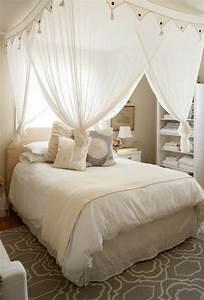 1001 designs uniques pour une ambiance cocooning With tapis champ de fleurs avec grand canapé lit