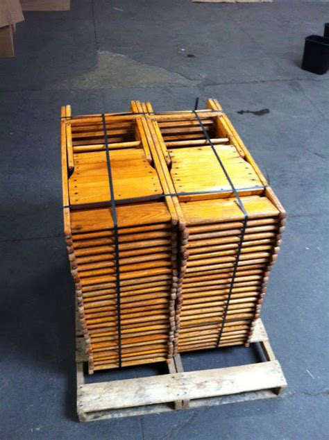 lot of 100 vintage wood folding chairs free shipping