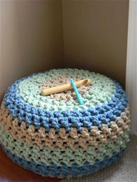 free crochet pattern poof floor pillow pouf ottoman crochet stuff pouf ottoman