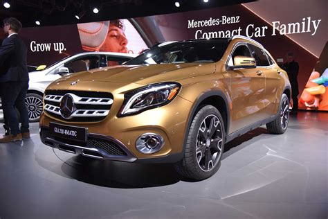 Modifikasi Mercedes Gla Class by Mercedes Gla Class Receives Minor Changes For 2018