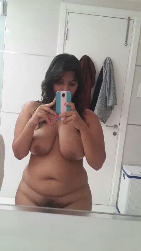 Chubby Desi Girl Nude Selfies Exposing Huge Boobs Indian