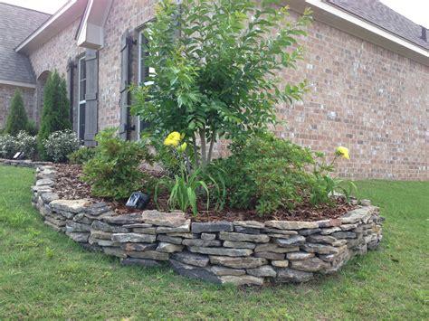 Gartenumrandung Aus Stein by Stacked My Own Flowerbed Border In A Of Hours