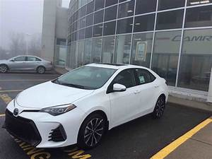 New 2017 Toyota Corolla 4-door Sedan SE 6M for sale in ...