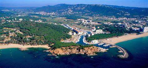 canape deux places convertible cing vall d 39 or europ platja d 39 aro gérone